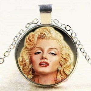 Necklace- NEW- Marilyn Monroe